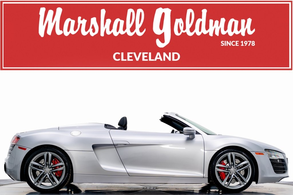 Pre-Owned 2015 Audi R8 Spyder